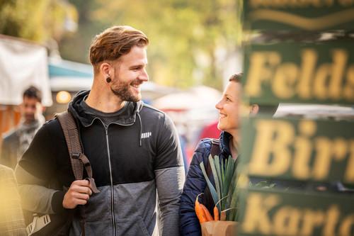 Konstanz-Wochenmarkt-Stephansplatz-Gemuese-05_Herbst_Copyright_MTK-Dagmar-Schwelle