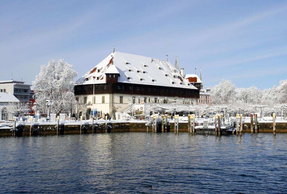 Konstanz-Bodensee-Konzil-Hafen-Schnee_Winter_Copyright_MTK-Aurelia-Scherrer