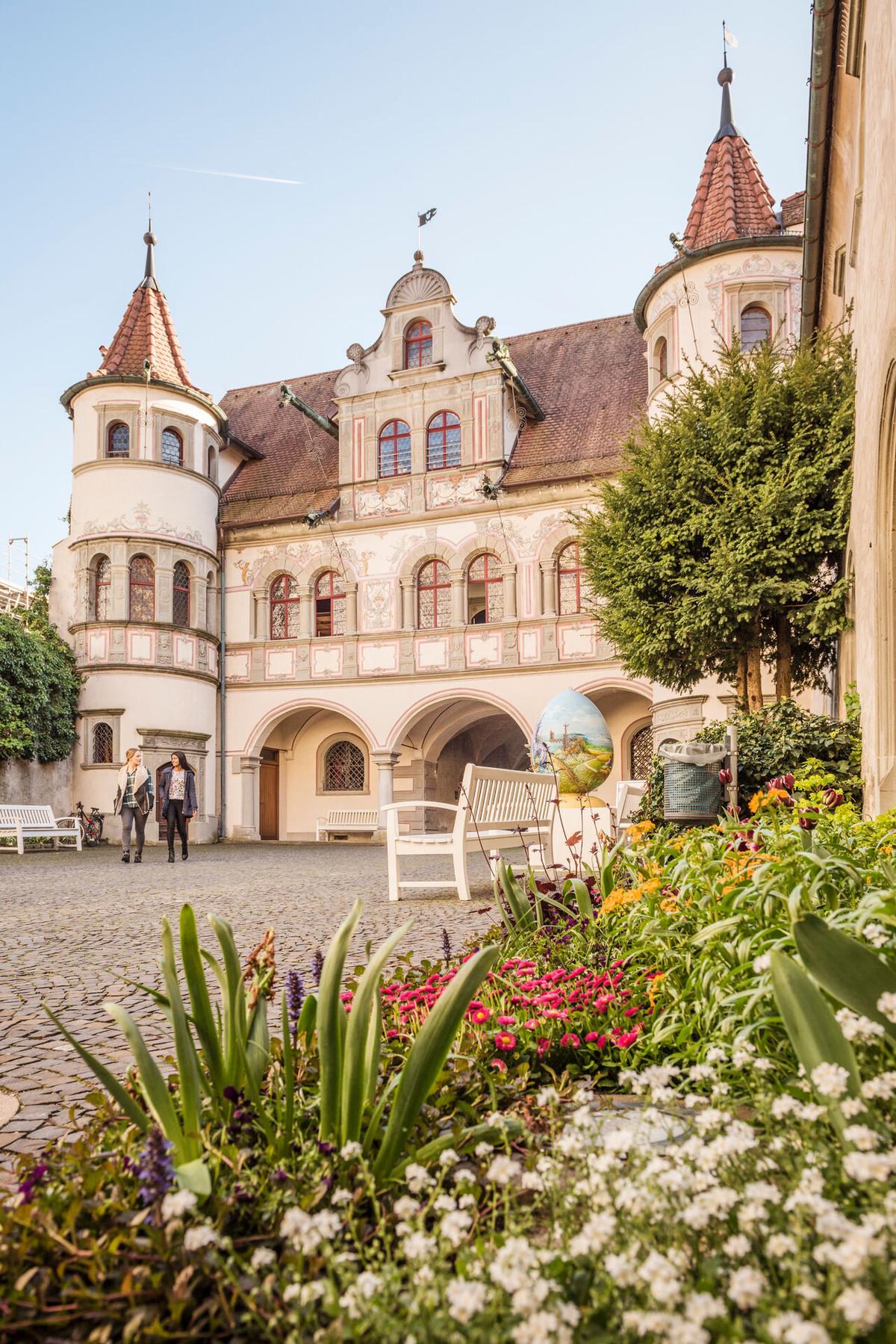 Konstanz-Rathaus-Innenhof-02_Fruehling_Copyright_MTK-Dagmar-Schwelle