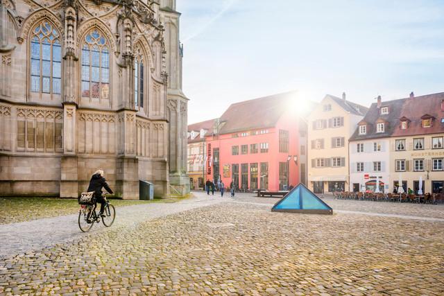 Konstanz-Muensterplatz-Pyramide-03_Herbst_Copyright_MTK-Dagmar-Schwelle