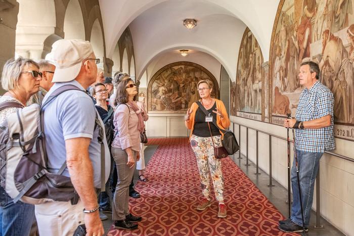 Konstanz-Stadtfuehrung-Barbara-Nonini-Steigenberger-Inselhotel-Kreuzgang_Spaetsommer_Copyright_MTK-Dagmar-Schwelle