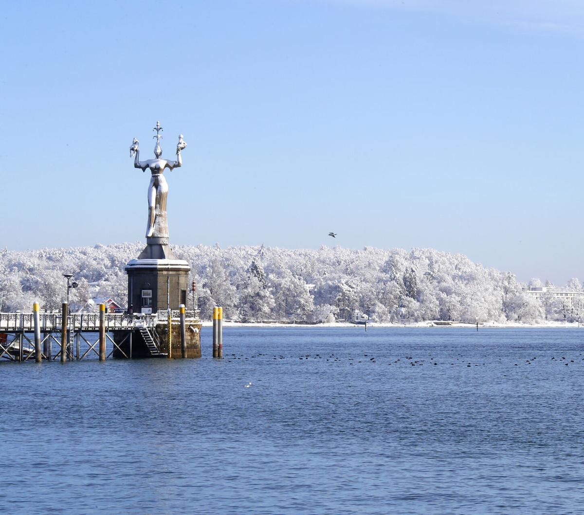 Konstanz-Bodensee-Imperia-Hafen-Schnee_Winter_Copyright_MTK-Aurelia-Scherrer