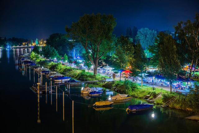 Konstanz-Flohmarkt-Bodensee-Nacht-Boote_Sommer_Copyright__MTK-Chris-Danneffel