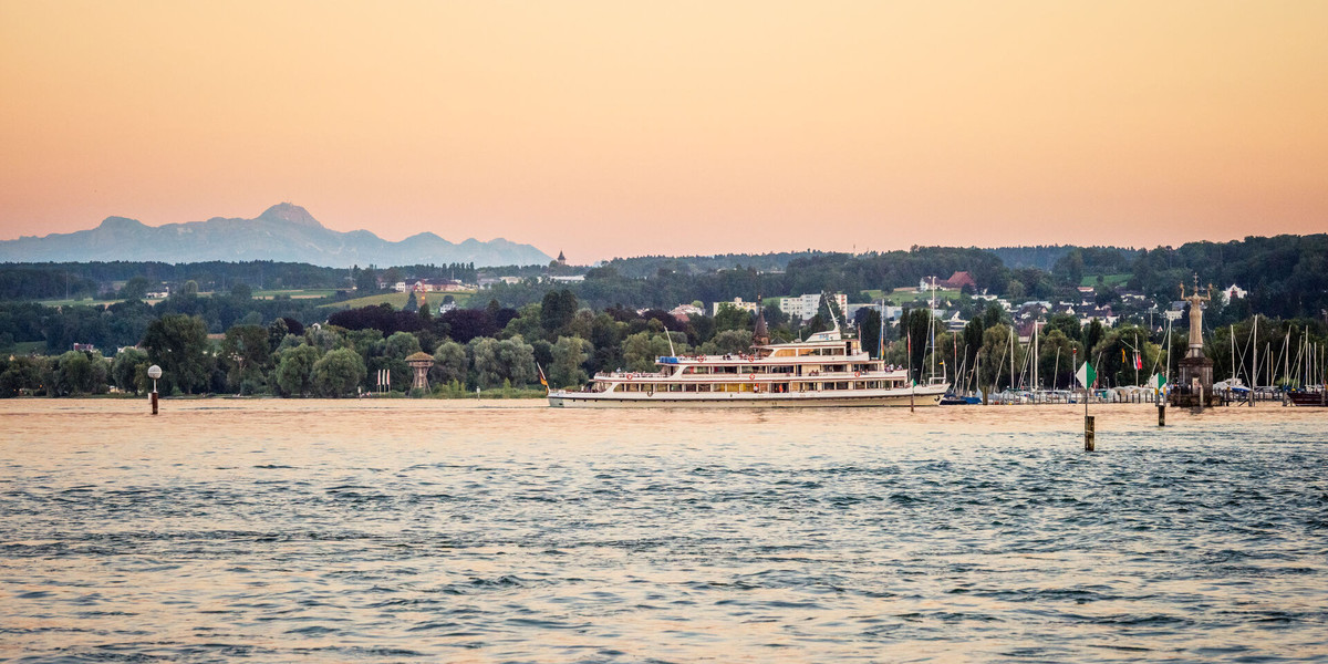 Konstanz-Schiff-Berge-03_Sommer_Copyright_MTK-Dagmar-Schwelle