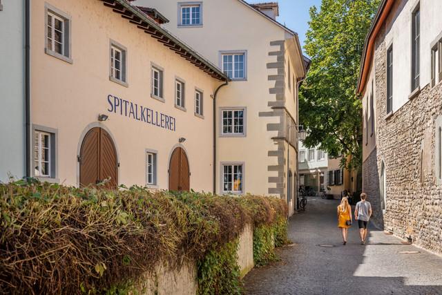 Konstanz-Spitalkellerei-Brueckengasse-Niederburg-02_Spaetsommer_Copyright_MTK-Dagmar-Schwelle