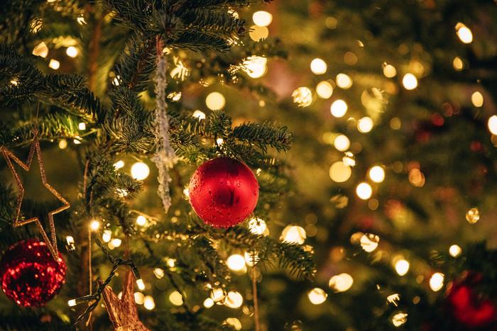 Konstanz-Winter-Weihnachtsbaum-Schmuck-Abendstimmung-Innenstadt-02_Winter_Copyright_MTK-Leo-Leister