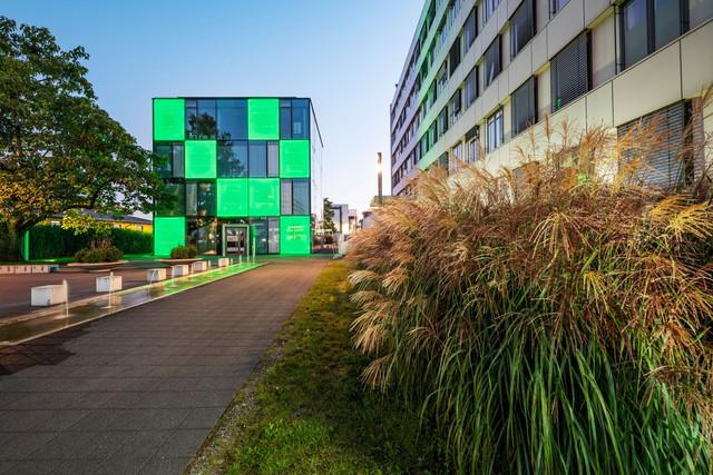 Konstanz-Stadtwerke-Energiewuerfel-Kundenzentrum-02_Copyright_MTK-Dagmar-Schwelle