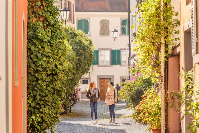 Konstanz-In-der-Niederburg-06_Herbst_Copyright_MTK-Dagmar-Schwelle