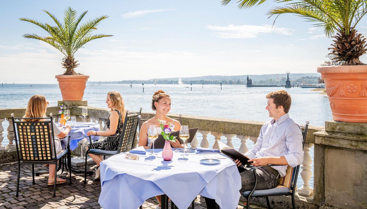 Konstanz-Gastronomie-Steigenberger-Terasse-Dinner-03_Spaetsommer_Copyright_MTK-Dagmar-Schwelle