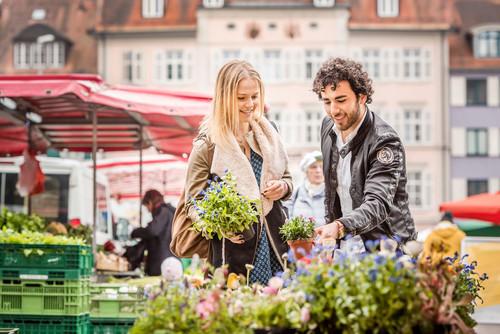 Konstanz-Wochenmarkt-02_Fruehling_Copyright_MTK-Dagmar-Schwelle